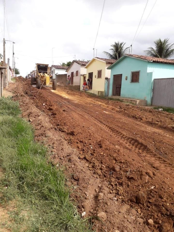 Pavimentação da Rua Severino Caetano de Figueiredo no Bairro Vista Alegre