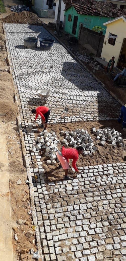 Pavimentação da Travessa Vereador Rafael Marinho no Bairro São João II