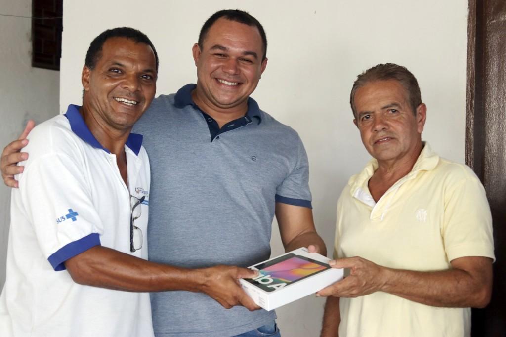 Entrega de novos tablets a todos os Agentes Comunitários de Saúde
